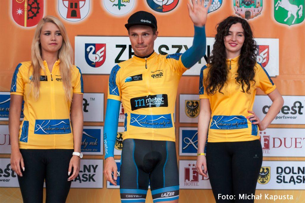 Johim Ariesen in het geel na de 3e etappe Bałtyk Karkonosze Tour