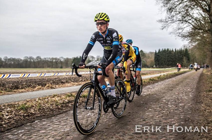 Herstelde renners starten in Dorpenomloop