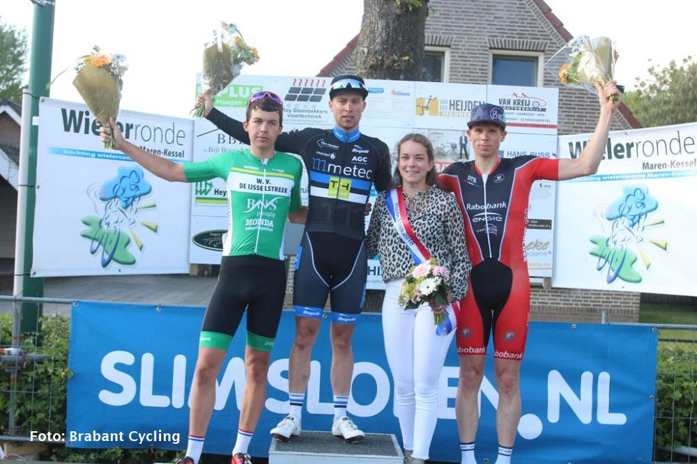 Robbie van Bakel wint in Maren-Kessel