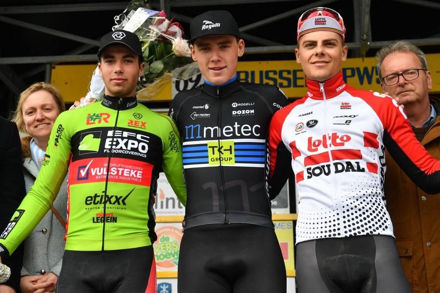 David Dekker sprint naar zege Brussel-Opwijk